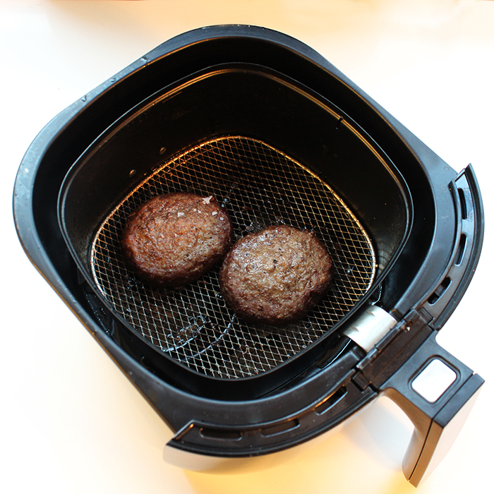 Philips Vivacollection Airfryer Review By The Pee Cook
