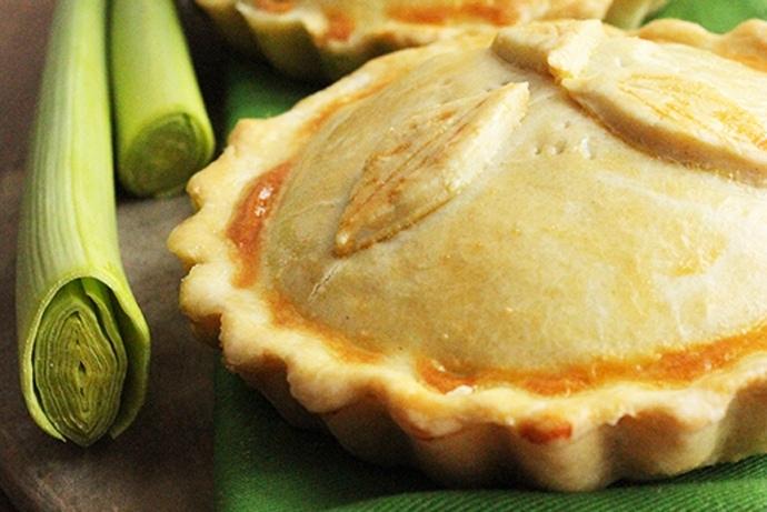 Traditional British Chicken & Mushroom Pie - recipe by The Petite Cook