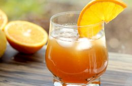 Hit Summer with a smile on your face and Sweet & Sour Amaretto orange Cocktail in your hands - Pure sunshine in a glass! recipe by the petite cook