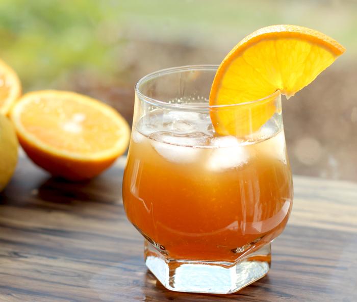 Sweet Amp Sour Amaretto Orange Cocktail The Petite Cook