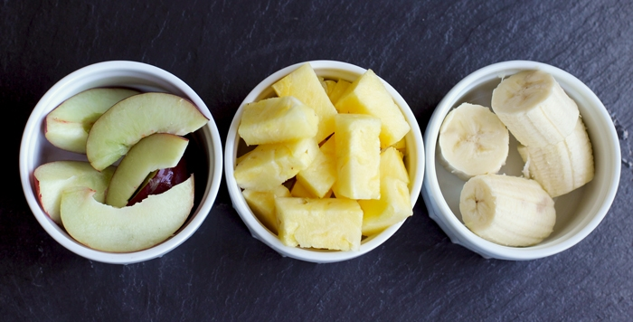 pineapple-summer-smoothie-prep
