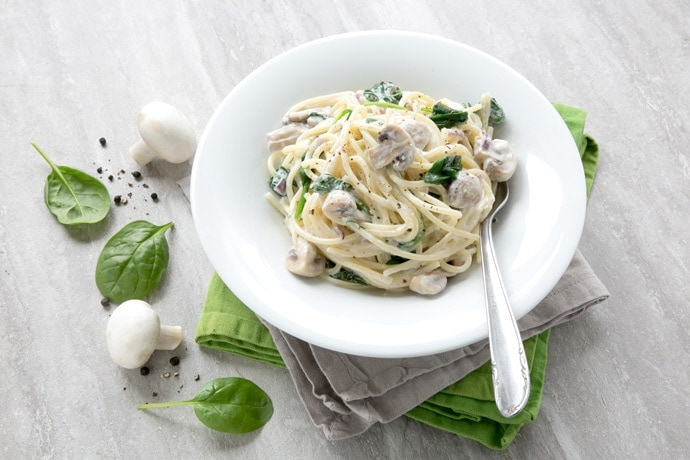 Creamy Mushroom And Spinach Spaghetti The Petite Cook