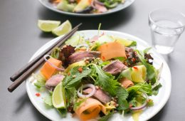 Bursting with flavors, this gluten-free Asian Beef Salad is ready in just 15 min and loaded with protein-rich beef, healthy veggies and fresh herbs - The perfect balanced meal to enjoy on a busy day! Recipe from The Petite Cook