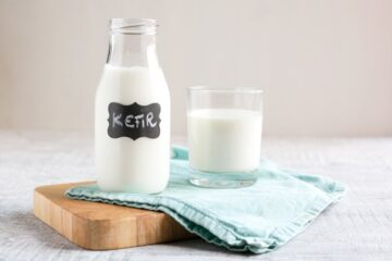Homemade Kefir is super easy to make and full of good-for-you probiotics. Drink kefir straight-up, added to smoothies, or use it in place of yogurt/buttermilk/milk when baking cakes, muffins or pancakes. Recipe by The Petite Cook