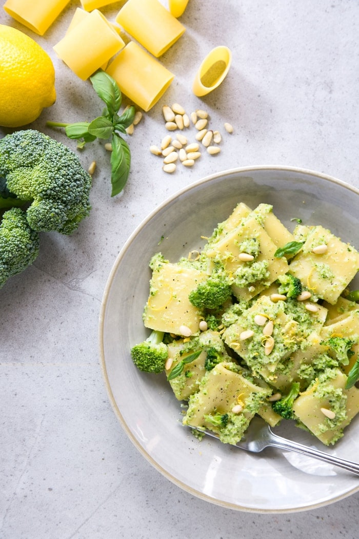 broccoli pesto sauce pasta
