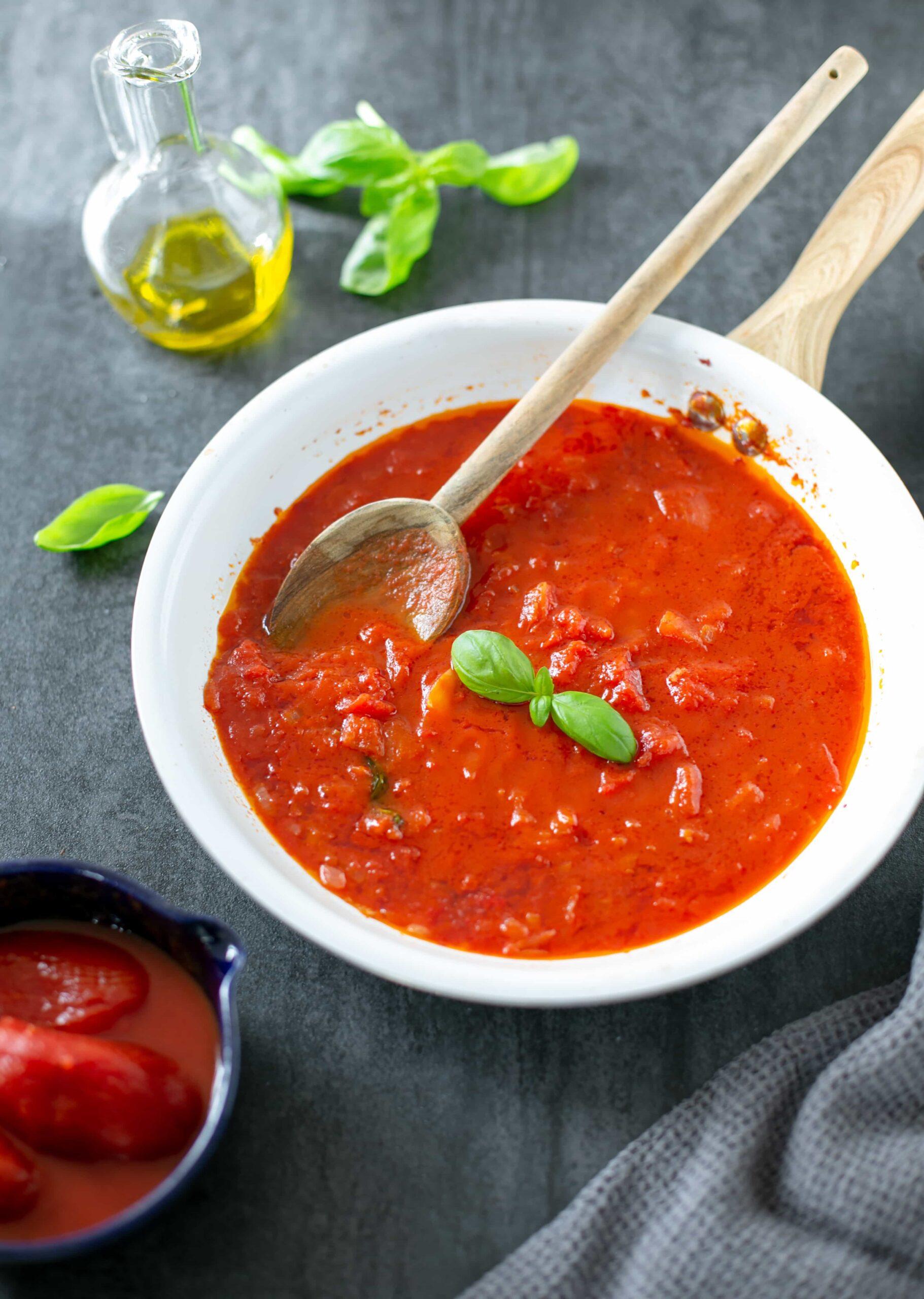 Classic Italian Tomato Sauce The Petite Cook