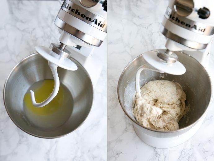 receita de massa de pizza, etapas 1 e 2: tigela da batedeira com azeite, água e fermento na primeira imagem, tigela da batedeira com os ingredientes da massa, misturando na segunda imagem