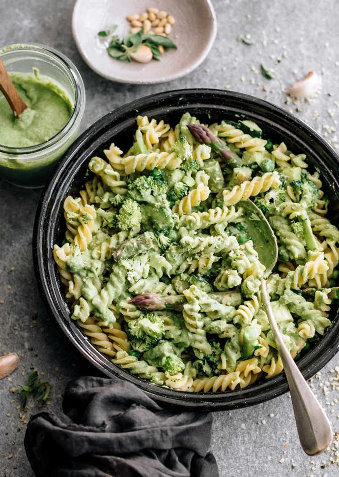 vegan bean pesto pasta in a large bowl.